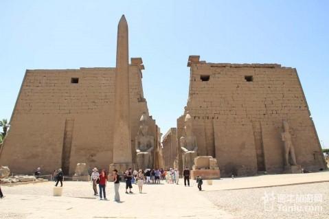 思维稿图埃及金字塔