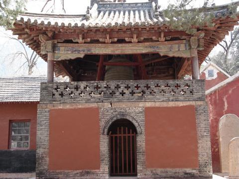 灵岩寺旅游攻略 10月灵岩寺旅游线路报价 灵岩寺旅游景点