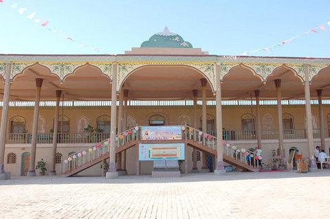 吐鲁番郡王府旅游攻略 10月吐鲁番郡王府旅游线路报价 吐...
